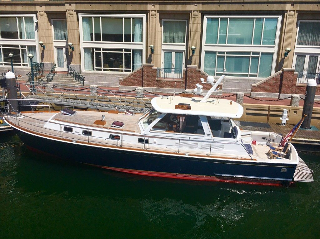 Getaway yacht from Boston to Marblehead