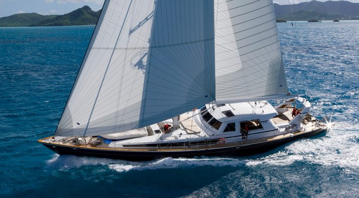 115ft Ree 115ft Valdettaro Shipyard sailing yacht REE at sea