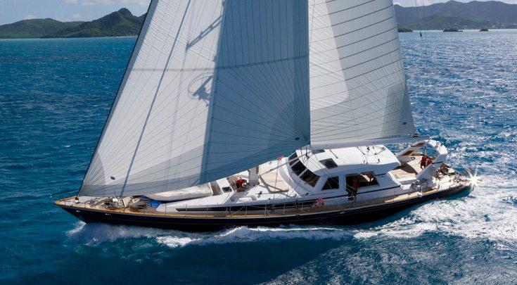 115ft Ree 115ft Valdettaro Shipyard sailing yacht REE at sea