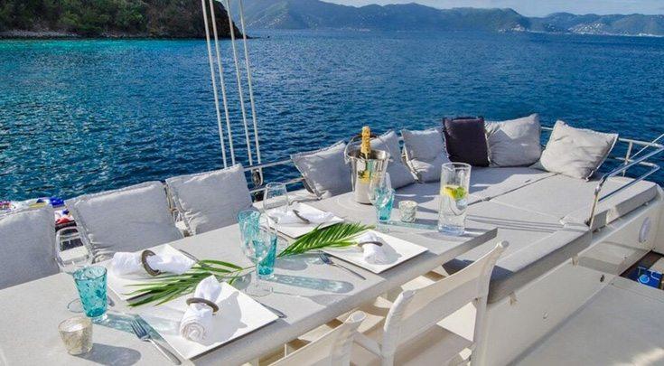 Flybridge Dining Area Altesse 56ft S-Y Catamaran
