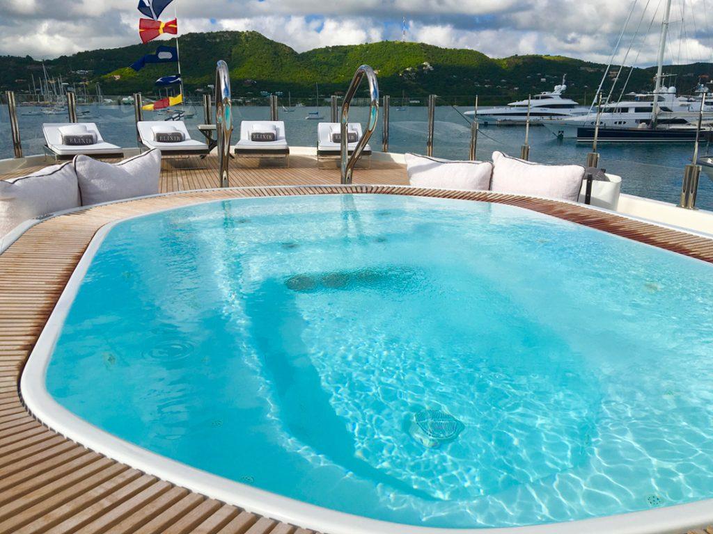 Deck Pool on Motor Yacht ELIXIR
