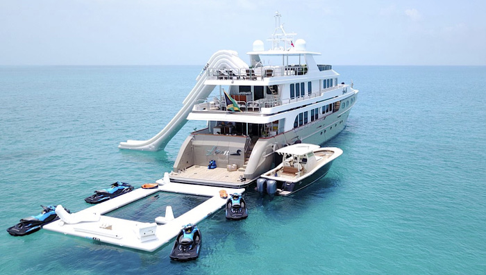 The 155ft Christensen motor yacht LOON offers the ultimate package for water toys and scuba diving in the Caribbean