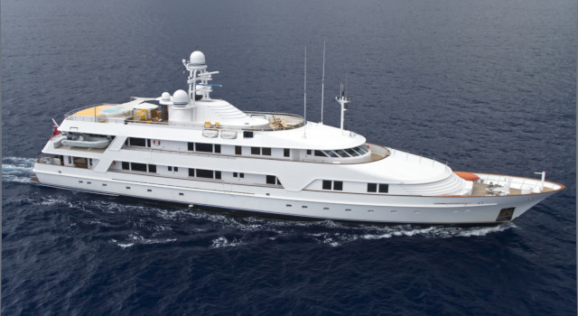 Main shot of 173ft Swedeship motor yacht VIXIT