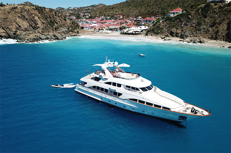 115ft Benetti motor yacht BRUNELLO cruising in the Caribbean