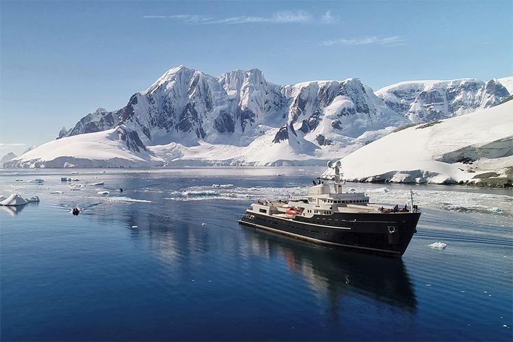 254ft IHC Vershure ice breaking motor yacht LEGEND