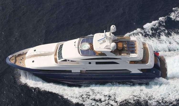 Lady Leila 132ft Horizon M-Y at sea