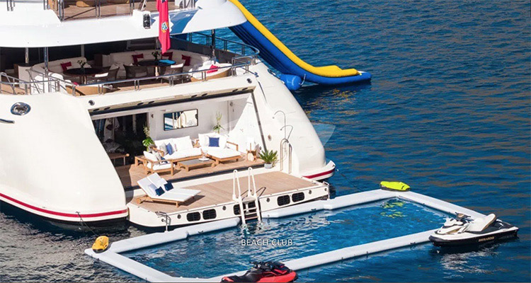 Beach club off back of 257ft Abeking & Rasmussen superyacht EMINENCE