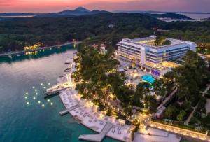 hotel-bellevue-cikat-bay