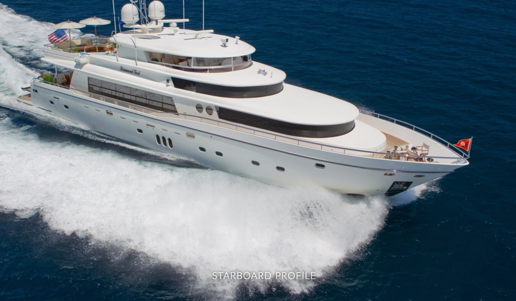 Starboard image from above of M/Y DIAMOND GIRL